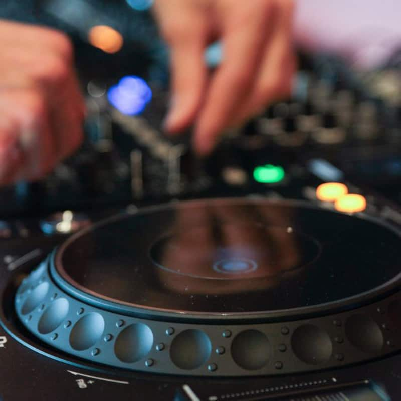 Garnish Music Production & DJ School | Courses in Los Angeles